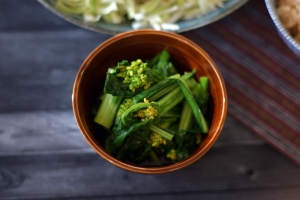 男子ごはんで紹介された春の和定食の菜の花と油揚げの味噌汁